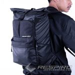 3-Bagpack-Tas-Punggung-Respiro-Strada-Bagpack-Black-Tas-Ransel-Gendong-People-Side